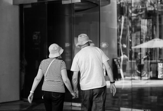 老夫婦 1493000368 - 40代からの結婚は別居婚がおすすめ